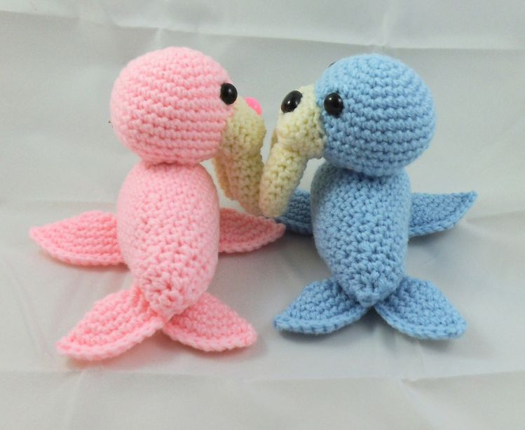 Amigurumi seal - Free crochet pattern in ENG,NO,DE | Häkeln ... | 613x749