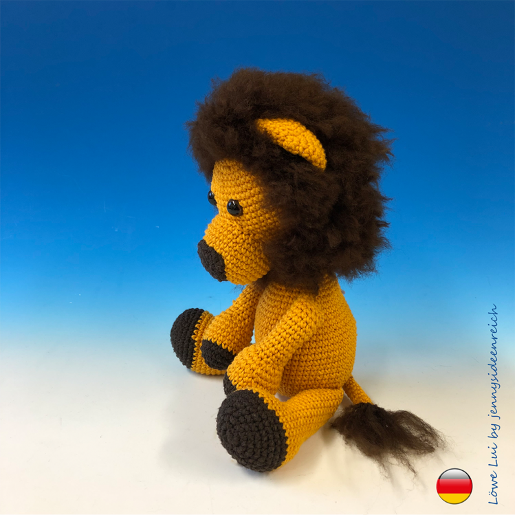 Heres the link to the tutorial >> How to Make Winnie Pooh ... | 749x749