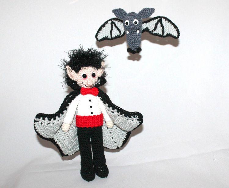 Vampir Vladimir Und Fledermaus Flin Häkelanleitung Mypatternsde