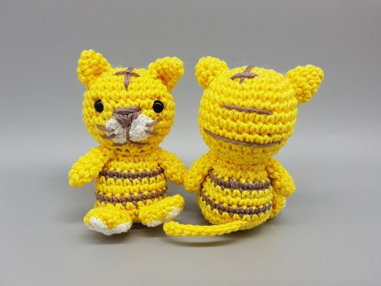 Tony, The Tiger - Amigurumi Pattern - Delicious Crochet | 562x749
